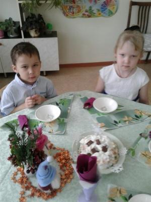 Фруктовый салат от Даши и Саши